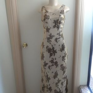 Roberta's Dress